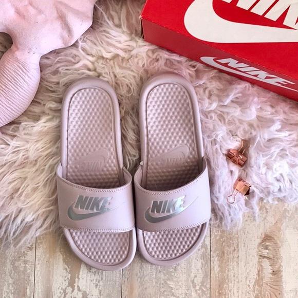 a803dfaf065b NWT Nike benassi JDI Pink